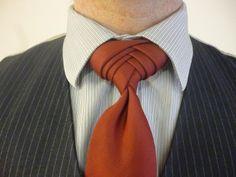 Boutonniere Knot