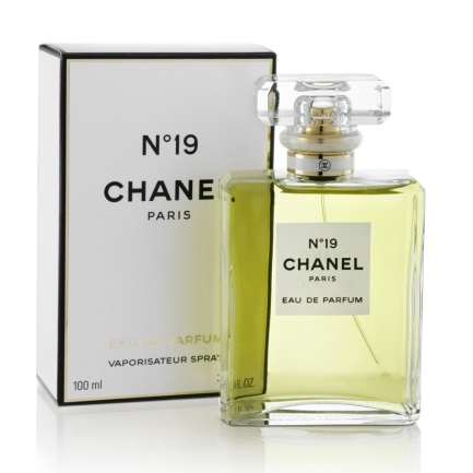 No. 19 by Chanel for the lady