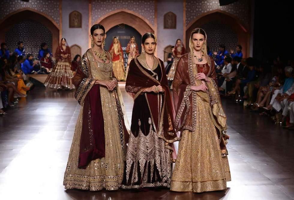 Fascinating Designer Collections for Winter wedding 2015-16 Brides