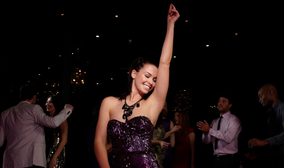 Women: How to get ready for New Year 2016 Party