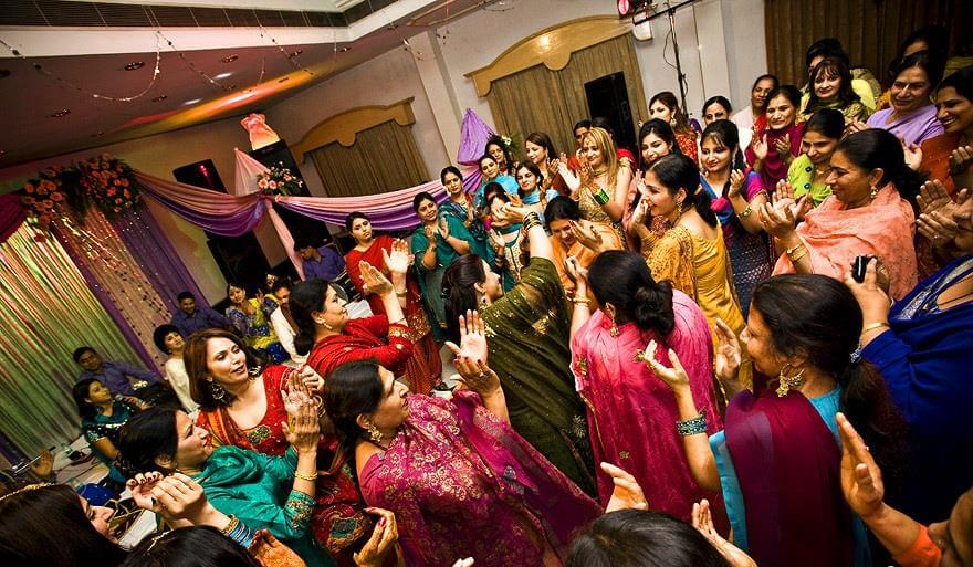 Brides: How to dress for Sangeet in your Winter Wedding