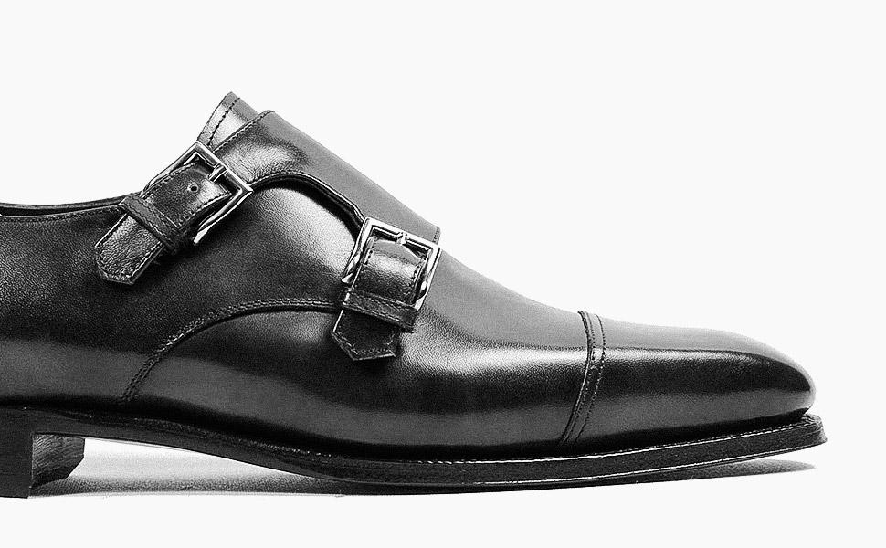 Men: Classy Footwears for a Stylish Winter brunch
