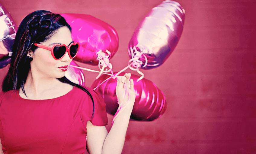 Women: Amazing Styles to Wear on Valentine Date