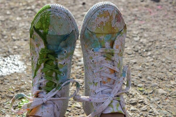 Canvas sneakers for Holi