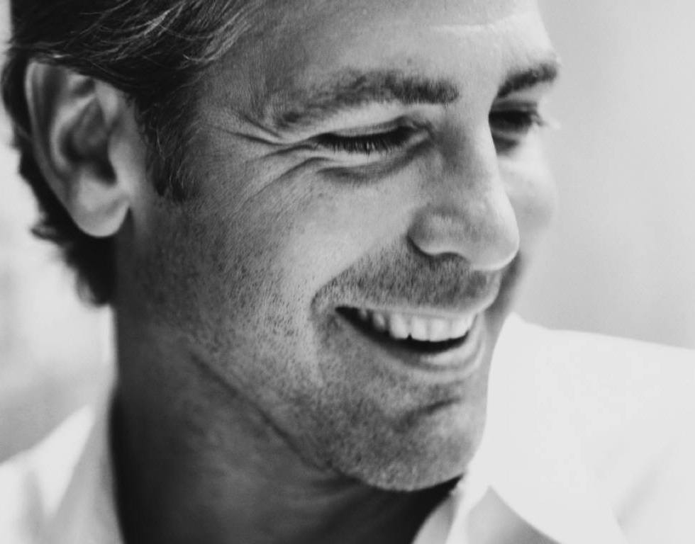6 looks of George Clooney where he proved to be a Charmer
